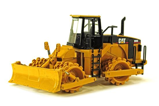 Caterpillar 980G Compactor w/Blade