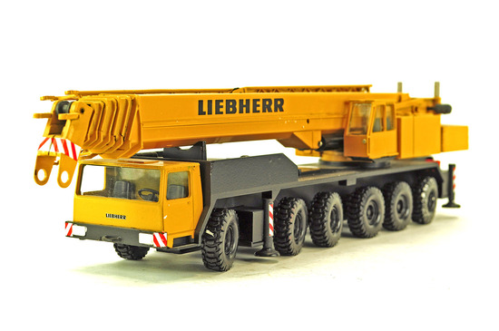 Liebherr LTM1160 6-Axle Mobile Crane