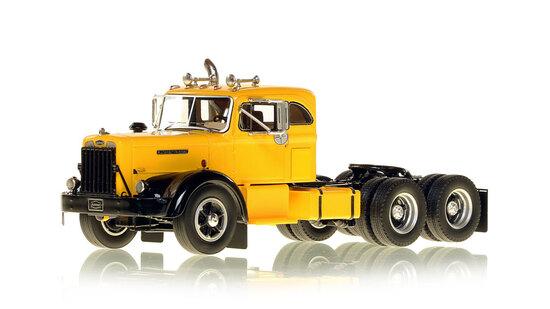 Autocar DC-100T1954 Tandem Tractor w/Sleeper - Yellow/Black