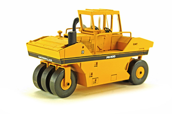Caterpillar PS-500 Compactor - Crooked Steps