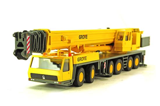 Grove GMK6300 Mobile Crane