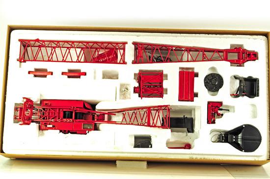 Manitowoc 4100 Crawler Crane