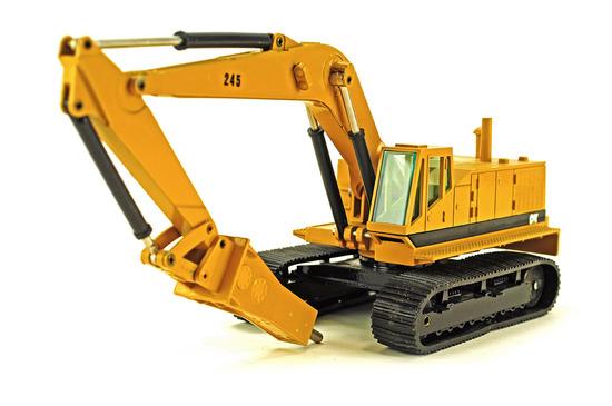 Caterpillar 245 Excavator w/Hammer