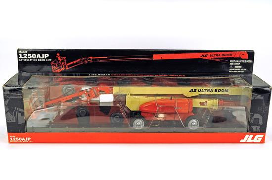 JLG 1250AJP Ultra Boom Lift - 1:32