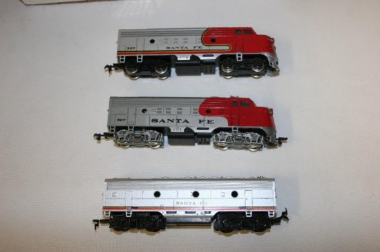 Bachmann HO Scale Trains  2-Bachmann Diesel Engines Santa Fe