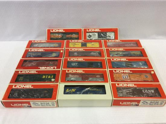 Lot of 17 Lionel O-Gauge Box Cars in Boxes