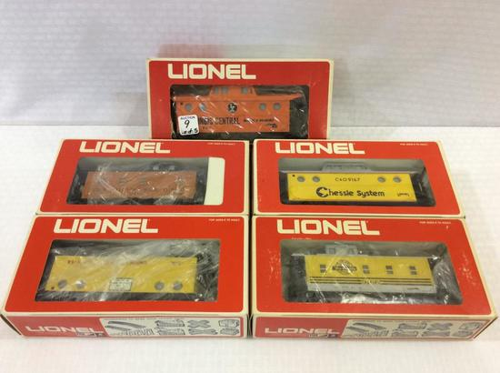 Lot of 5 Lionel O-Gauge Lighted Caboose's in Boxes