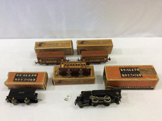Lot of 9 Lionel Train Pieces w/ Boxes