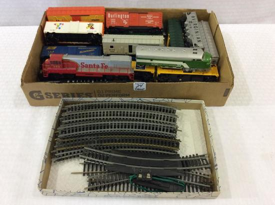 Group of Various HO Scale Train Cars &