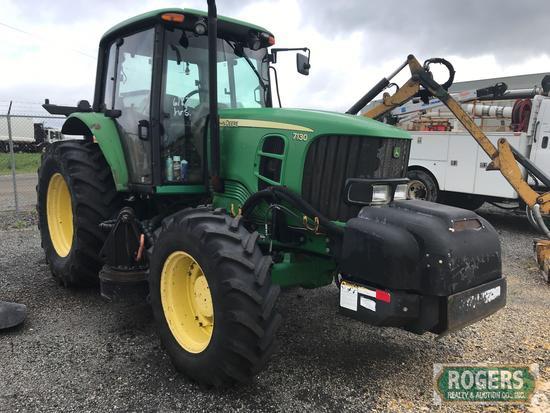 John Deere Tractor 7130, 6183 Hrs, Eng#6068HL280-DD21341, Enclosed Cab, A/C, Radio, Tilt Steering is