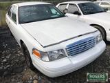2010 - FORD -CROWN VICTORIA