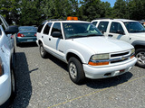 2004 CHEVROLET BLAZER MID SIZE SUV