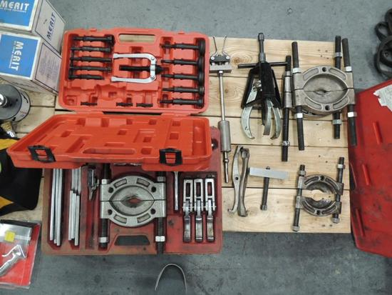 LOT: Bearing and Gear Pullers, Various Types