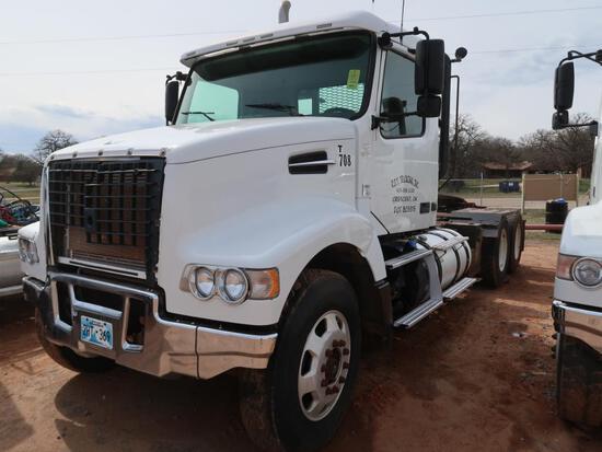 2012 Volvo Model VHD (389), Tandem Axle Tractor, w/ Winch, D13 Volvo 14.9L L6 Diesel, 15-Speed