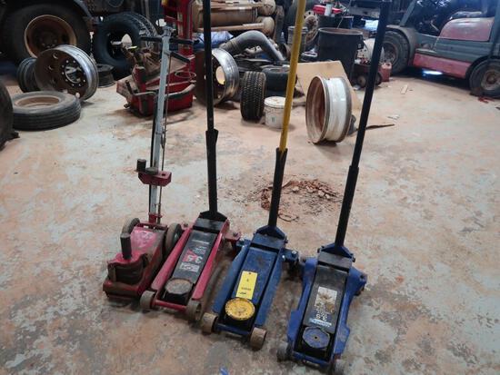 LOT: (3) 3.5 Ton Floor Jacks, (1) Pneumatic Floor Jack