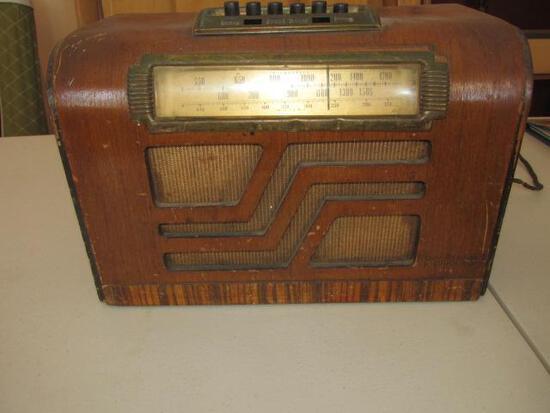 PHILCO RADIO UNTESTED