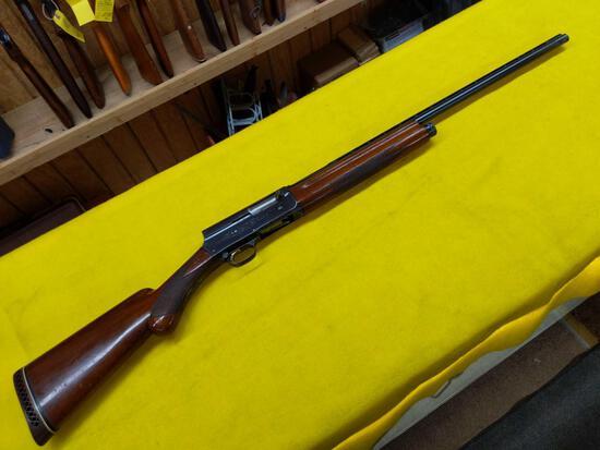 Browning 20 20 ga Semi-Automatic Shotgun SN 9Z29074