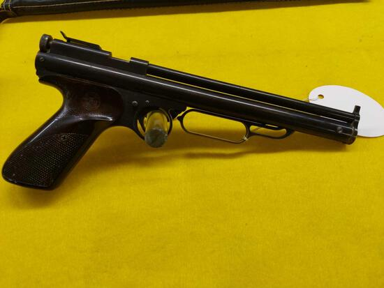 Crosman Air Pistol w/Carrying Case No FFL Xfer needed - Pick up at Coordes