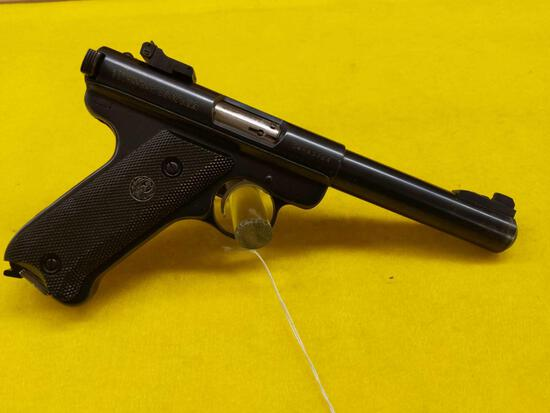 Ruger Mark I 22 Cal. Long Rifle Semi-Automatic Pistol SN14-43724 w/Plastic Case