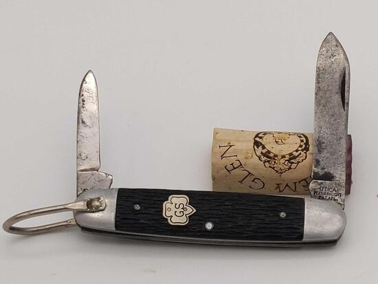 Utica featherweight 2 Blade Girl Scout Knife