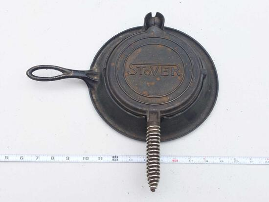 Stover Manufacturing Company Freeport, Illinois USA Waffle Iron