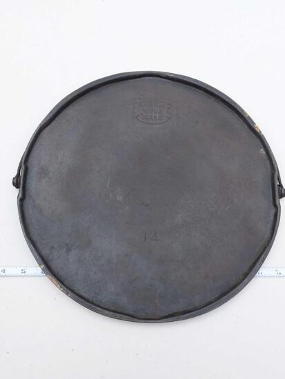 "Favorite Piqua Ware 14"" Round Cast Iron Griddle"