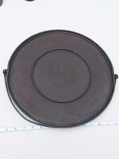 "Griswold 14"" Erie 742 Round Cast Iron Griddle"