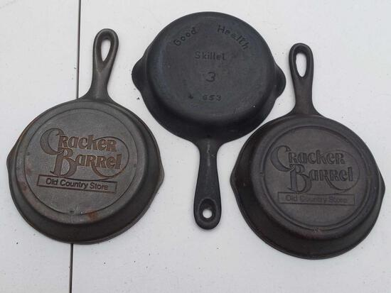 Good Health 3 Skillet 653 & 2 Cracker Barrel Old Country Store Cast Iron Skillets