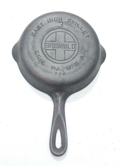 "Griswold 3 ""Erie"" 709 B Cast Iron Skillet"