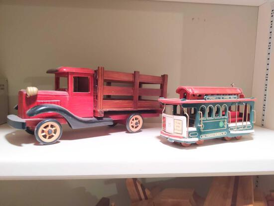 Wood Truck and Trolly Music Box pics on 17
