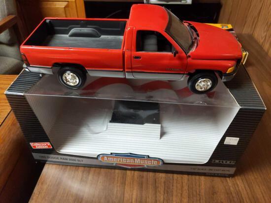 Ertl 1995 Dodge Ram 2500 SLT 1/18 Scale