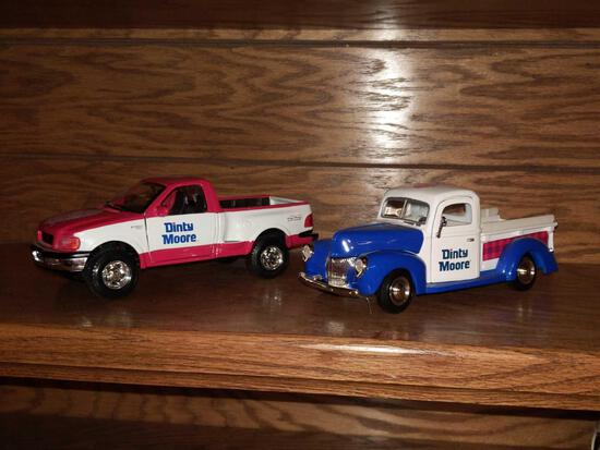 1940 Ford Pick Up & Maisto 1997 Ford 1/24 Scale