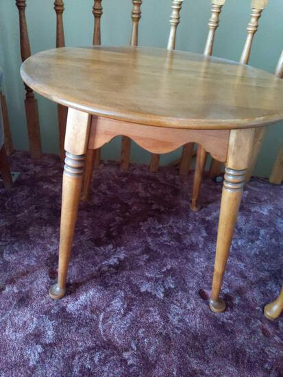 """Round End Table 26.5""""x 24"""""""