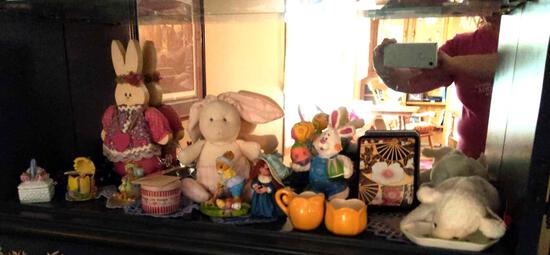 Easter - Spring Stuffed Animals and CollectIble Decor