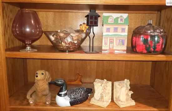 Household Decorations (Both Shelves)