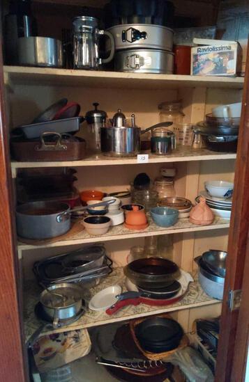 Cookware Lot - as seen
