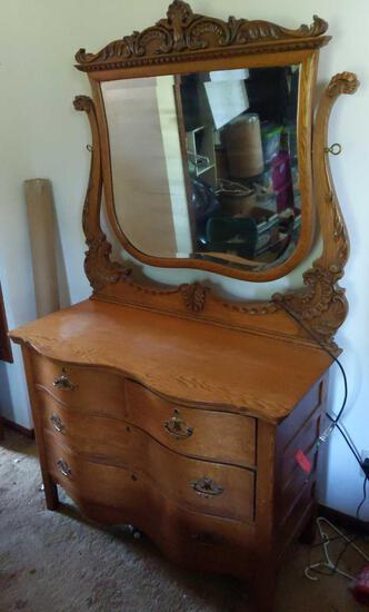 Dresser w/Mirror 44x22x74