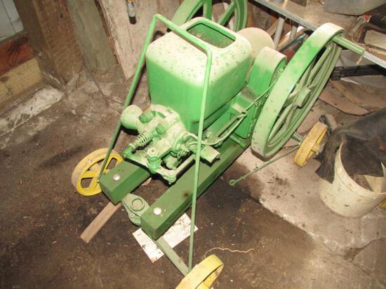 John Deere E103R Antique Engine (43-37), on cart