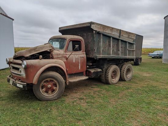 International S180 Dump Truck - Non Running