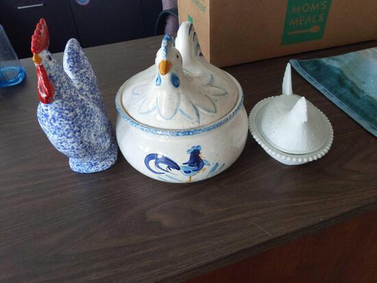 Chicken, Hen, Blue Rooster Canister, Vase & Pitcher Lot