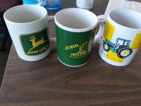 3John Deere Cups