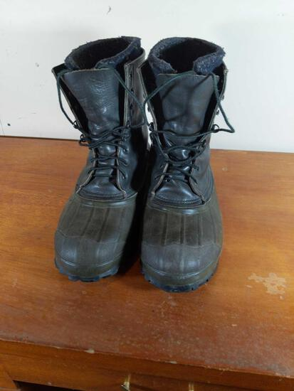 Boots approx Size 14