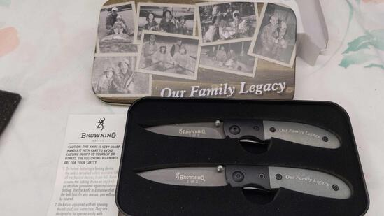 """Browning """"Our Family Legacy"""" 2 Knife Set in Tin"""