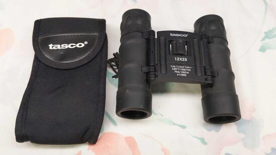 Tasco 12x25 Binoculars