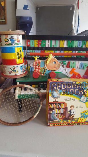 Vintage children's toys lot