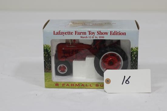 "#16 FARMALL SUPER C TRACTOR 1/16-SCALE ""1990 LAFAYETTE FARM TOY SHOW"" LIMITED EDITION (NIB)"