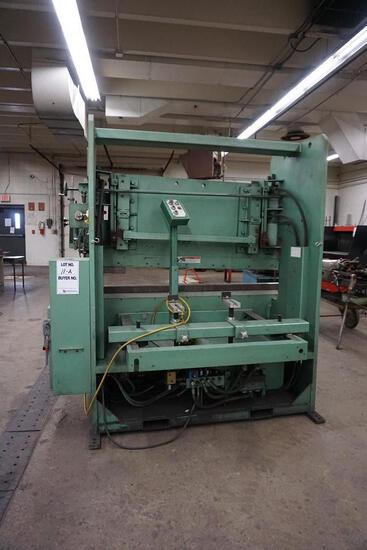 BETENBENDER HYDRAULIC PRESS BREAK WITH EXTRA
