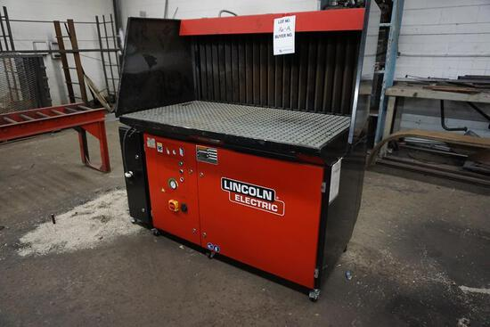 "LINCOLN ELECTRIC WELD FUME DOWN DRAFT TABLE, MODEL 400-MS/A; 2 1/2' X 4 1/2', 63"" TALL"