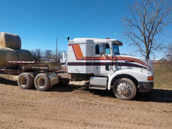 International 9200 654 Pro Sleeper semi tractor with Eaton Fuller transmiss