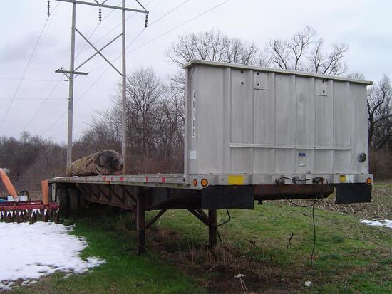 Dorsey 45' flatbed semi trailer (wheels locked)